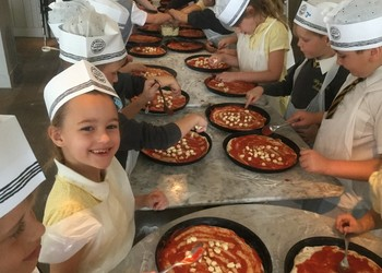 Year 2 Pizza Express trip